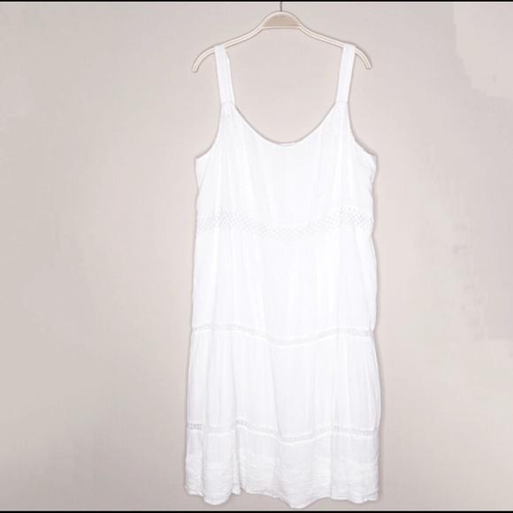 Avenue White Lace Eyelet Dress Size 18/20